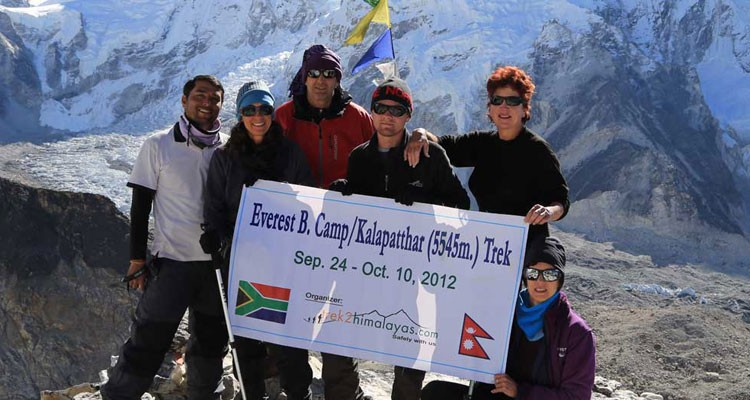 at-the-summit-of-kalapatthar